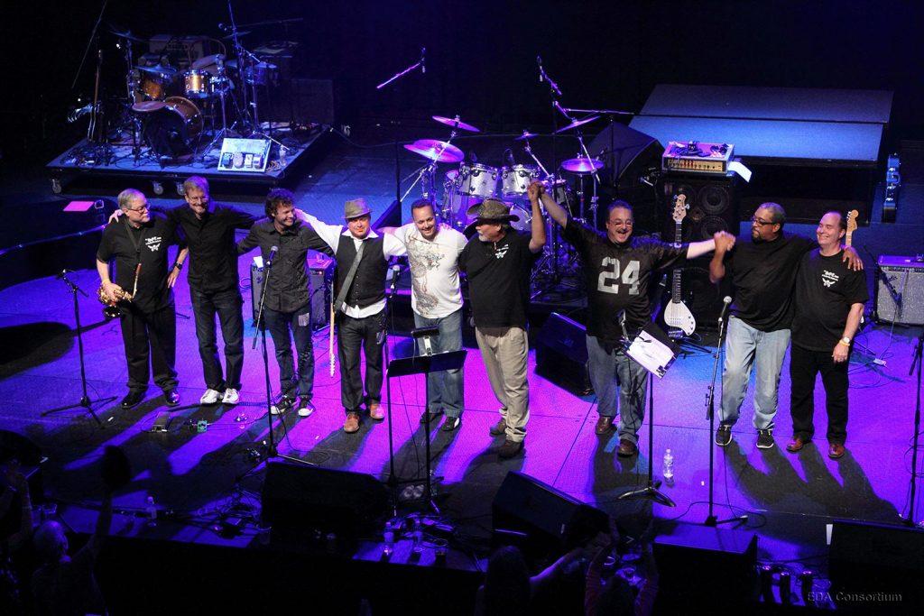 Jim an band take a bow
